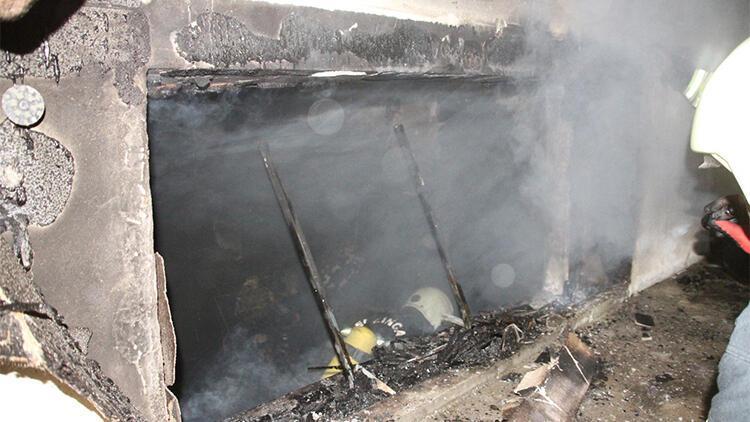 Erzincan'da yangına uykuda yakalandılar