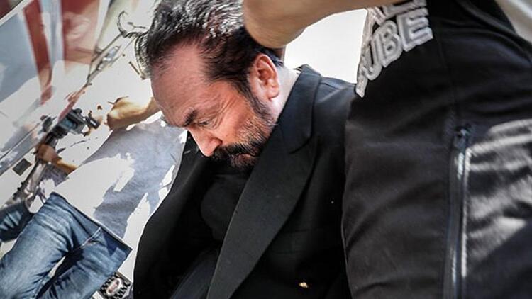 Adnan Oktar'a 300 bin TL'lik saati soruldu, sahibini hatırlamadı