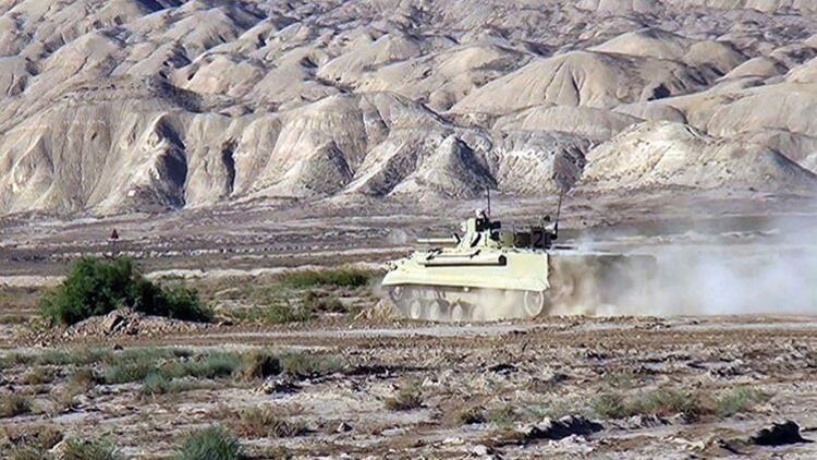 Azerbaycan ordusu Ermenistan'ın saldırı girişimlerini önledi