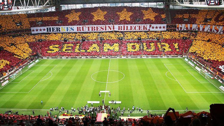 Son Dakika | TFF'nin seyirci kararı sonrası Galatasaray'ın iç saha maçlarına kaç taraftar girebilecek?