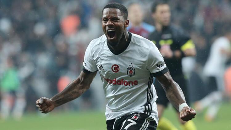 Son dakika haberi   Beşiktaş'ta 4 futbolcunun lisansı çıkarılmadı