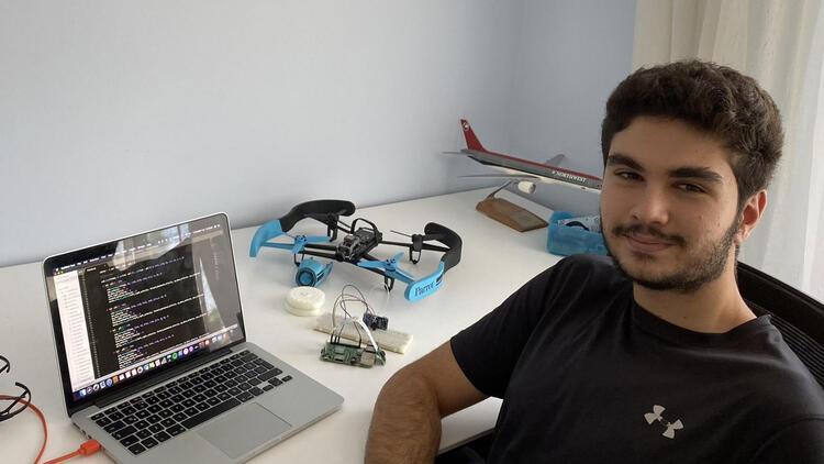 Lise öğrencisi, maske takmayanları tespit eden yazılım geliştirdi