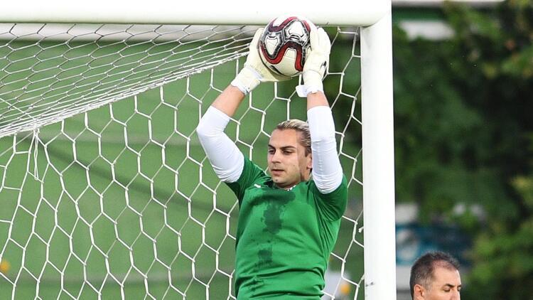 Bursaspor'dan giden kaleciler yeni takımlarında şans bulamıyor!