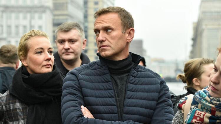 Son dakika haberler... Navalnıy'ın zehirlenmesi olayında flaş gelişme! 6 kişi ve 1 kuruluşa yaptırım kararı