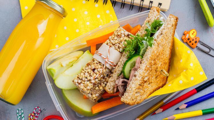 Beslenme çantalarına hazır gıdalar değil, evde hazırlanan yiyecekler olmalı