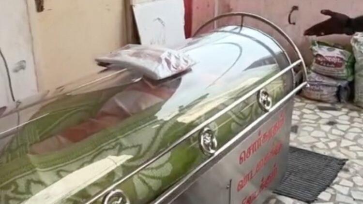 Hindistan'da yanlışlıkla ölü ilan edilip, soğutucuya koyulan adam kurtarılamadı