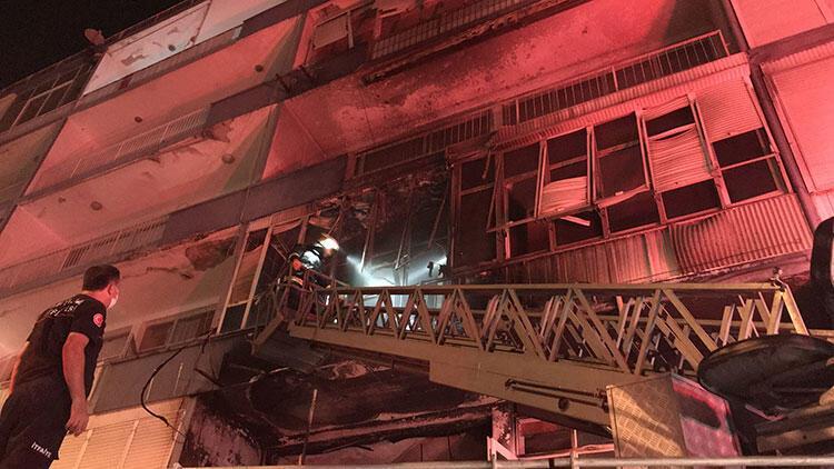 Antalya'nın 'ilk apartmanı'nda yangın çıktı! 2 güvercin ve köpek kurtarıldı
