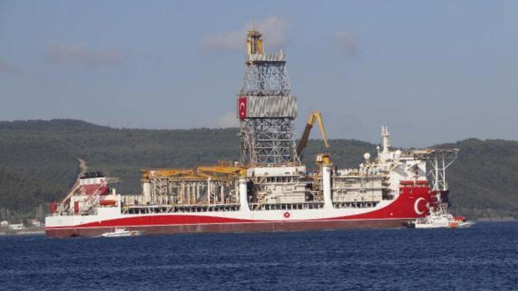 Son dakika haberleri... Sondaj gemisi 'Kanuni', Çanakkale Boğazı'nı geçiyor