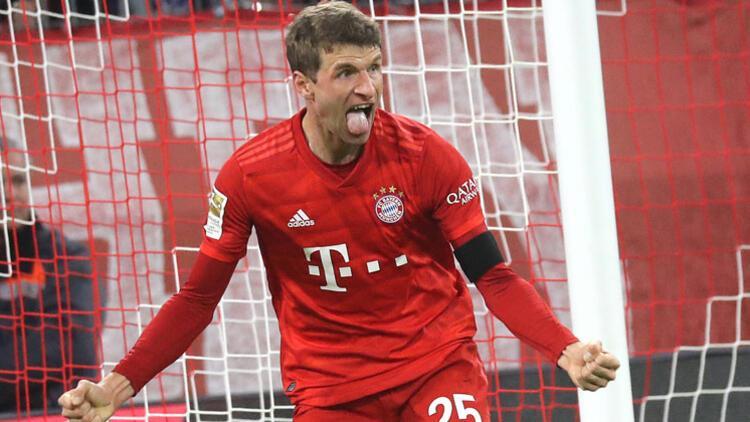 Biyonik adam Müller! 46 saat arayla 2 gol...