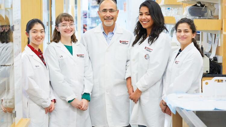 Son dakika: Harvard Üniversitesi profesörü koronavirüs aşısı gelebilir ama daha büyük bir sorun bizi bekliyor!