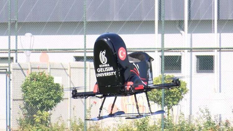 Türk mühendislerden uçan araba!