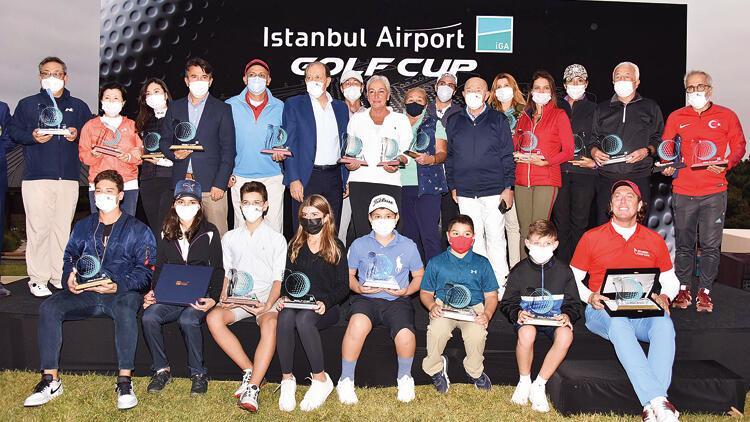 Golf tutkunları turnuvada buluştu
