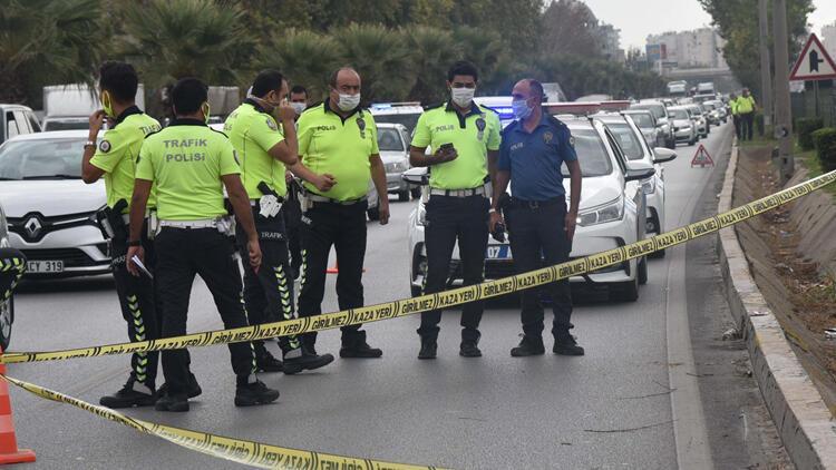 Antalya'da motosikletiyle bariyere çarpan Ahmet Ovacık hayatını kaybetti
