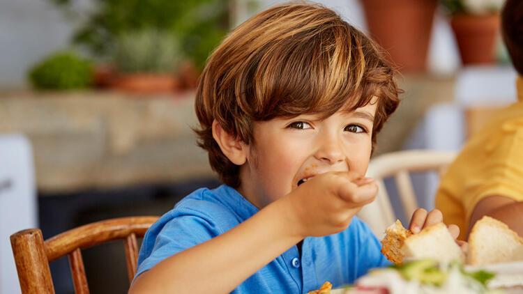 Çocuklarda bağışıklık sistemini güçlendiren bu dörtlüye dikkat!