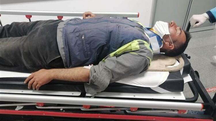 Otoyol işçilerini taşıyan minibüs devrildi! Çok sayıda yaralı var