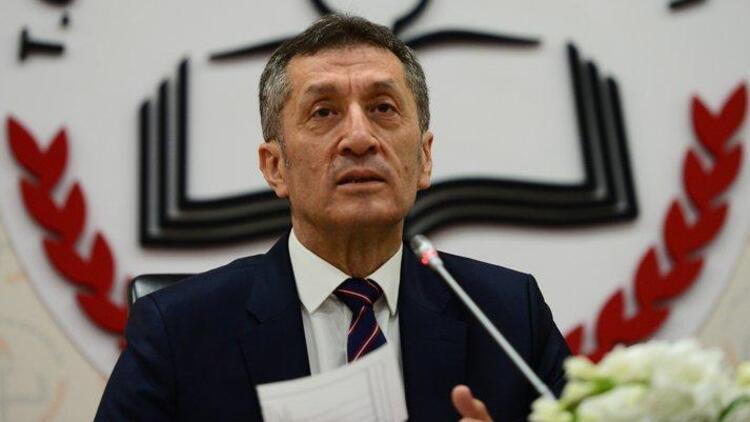 Son dakika haberler: Milli Eğitim Bakanı Selçuk'tan 'tablet' açıklaması