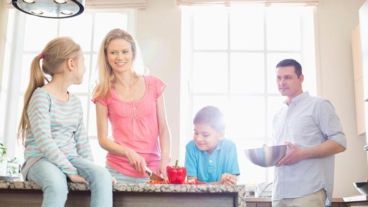 Evlilikte Sorumluluklar ve Ebeveyn Yükü Nasıl Dengelenir?