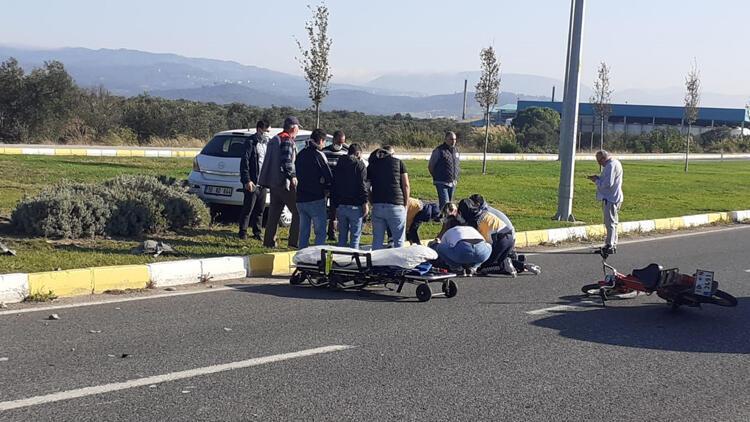 Balıkesir'de otomobilin çarptığı motosikletin sürücüsü hayatını kaybetti