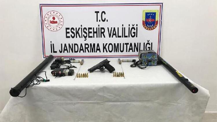 Eskişehir'de kaçak kazıya suçüstü: 3 gözaltı
