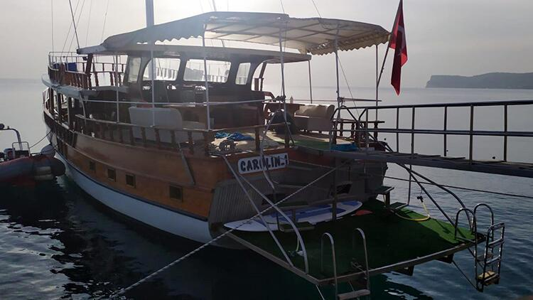 Antalya'da gece teknede arkadaşlarıyla eğlendi, sabah ölü bulundu