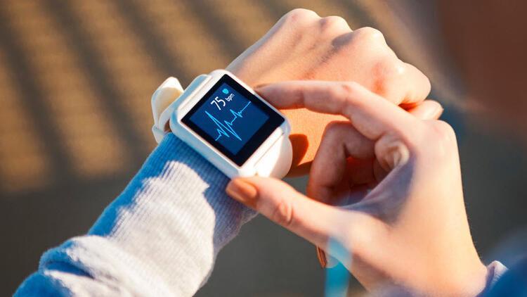 Akıllı saatlerin kalp ritmini takip etmesi hayatı kolaylaştırıyor