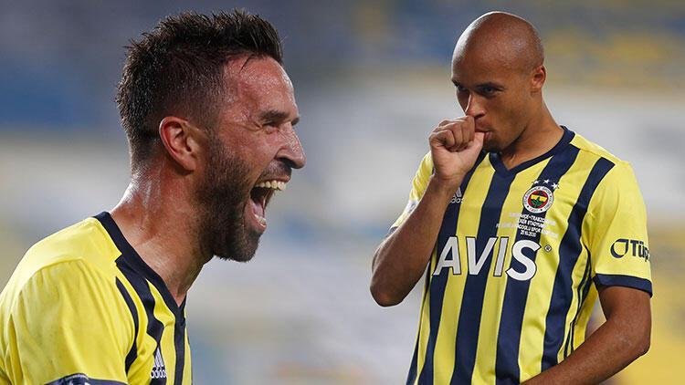 Son Dakika | Fenerbahçede Tisserand gözlerine inanamadı, Gökhan Gönül cevapladı Sen bir de şampiyonlukta gör