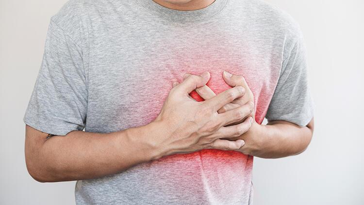 Kalp hastaları pandemi sürecinde kontrollerini ertelememeli