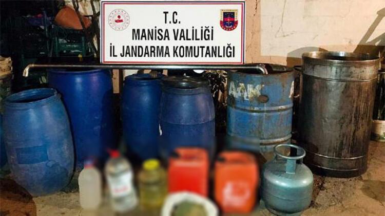 Salihli'de 705 litre sahte içki ele geçirildi