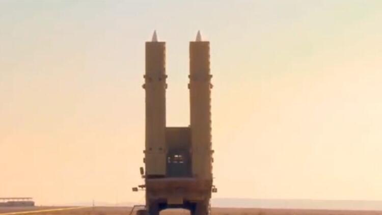 İran Azerbaycan-Ermenistan sınırına yığınak yapıyor