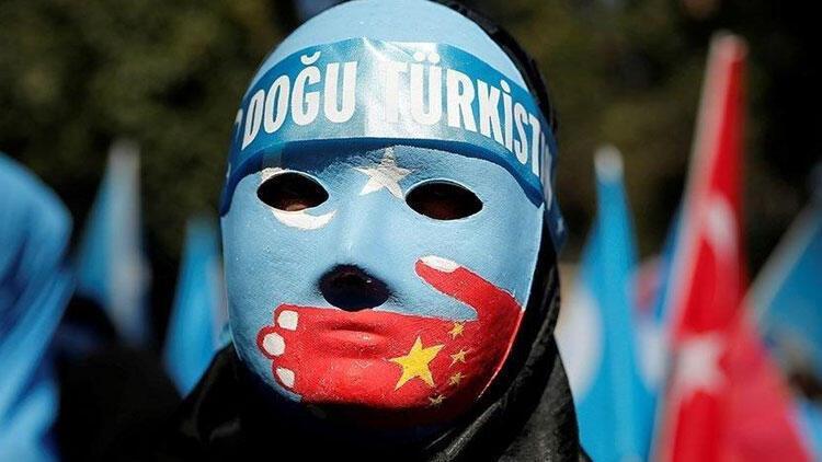 ABDli senatörler Uygur Türklerine soykırım yapılıyor tasarısı sundu