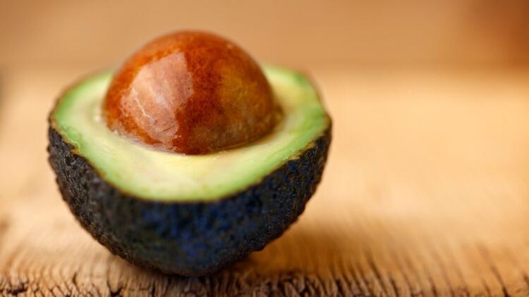 Avokado 2 dakikada nasıl olgunlaştırılır?