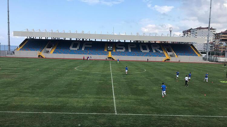 Futbolcularının 16sının Kovid-19 testi pozitif çıkan Ofsporun 2 maçı ertelendi