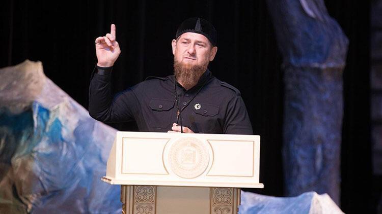 Kadirov'dan net Macron açıklaması: Canımı veririm, duruşumu değiştirmem!