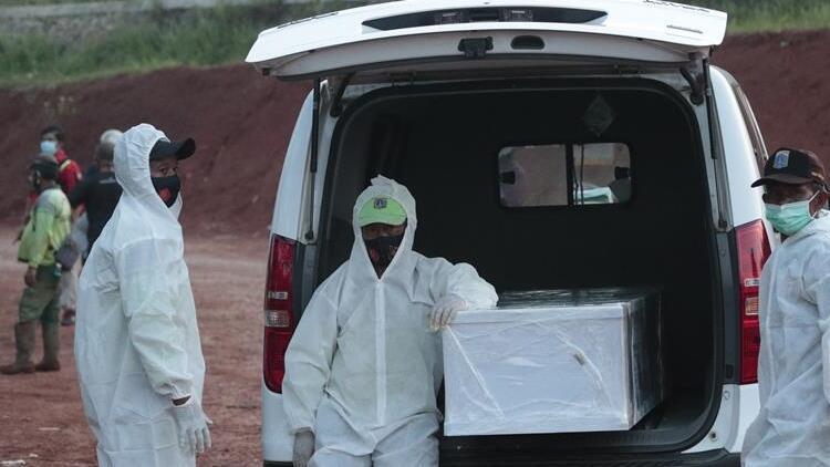 Afrikada son 24 saatte 12 bin 56 kişide Kovid-19 tespit edildi