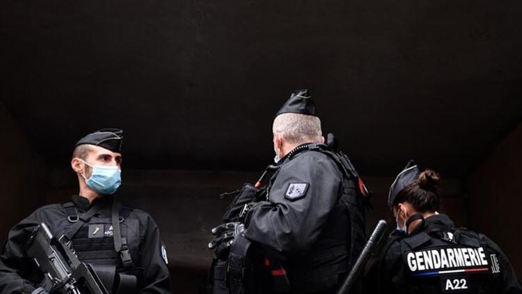 Fransa'da terörle mücadele planı acil saldırı seviyesine çıkarıldı