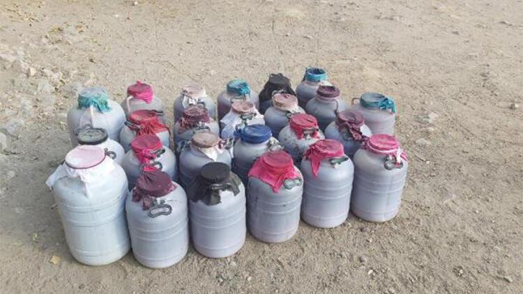Elazığ'da bin 50 litre sahte içki ele geçirildi