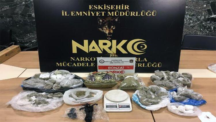 Eskişehirde uyuşturucu operasyonuna 5 tutuklama