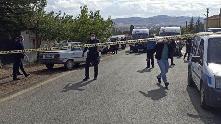 Akrabalar arasında silahlı, baltalı ve bıçaklı kavga: 1 ölü, 3 yaralı