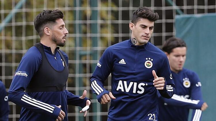 Fenerbahçede Antalyaspor hazırlıkları Tisserand antrenmanda yer almadı...