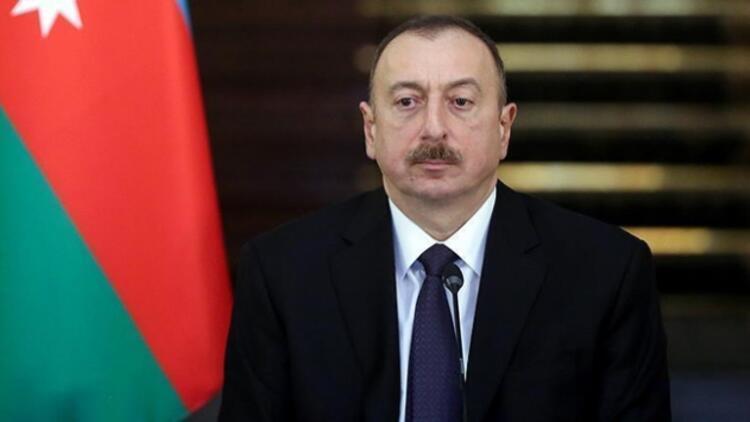 Aliyev, İzmir depremi dolayısıyla Erdoğanı arayarak yardıma hazır olduklarını bildirdi