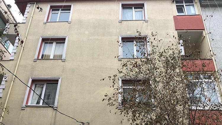 Son dakika haberler: İzmirdeki deprem sonrası Avcılar'da bir binada çatlak meydana geldi