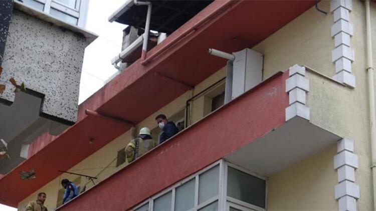 Son dakika: Ege Denizi'ndeki deprem sonrası Avcılarda kolonunda çatlak görülen bina