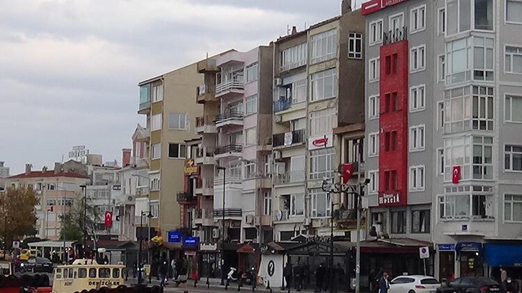 Son dakika haberler: İzmirdeki şiddetli deprem Çanakkalede de hissedildi