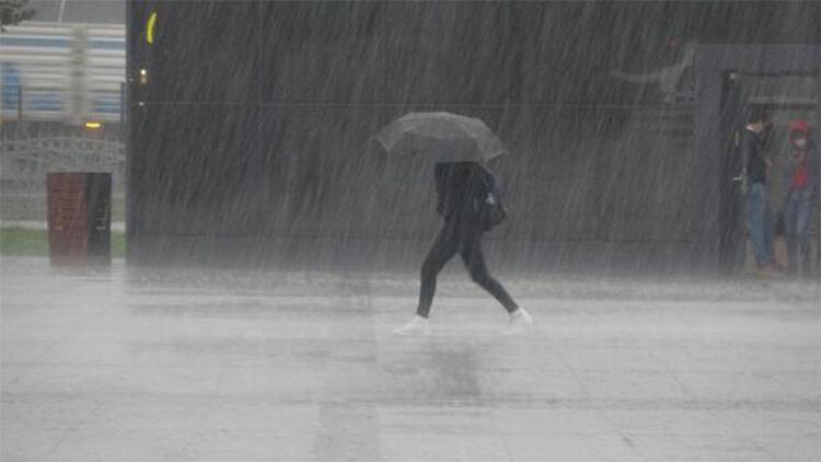 Kocaelide yağmur hayatı olumsuz etkiledi
