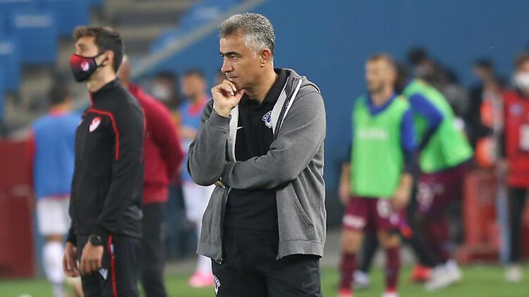 Kasımpaşa Teknik Direktörü Altıparmak: 4 attık, 7 de gol pozisyonumuz var