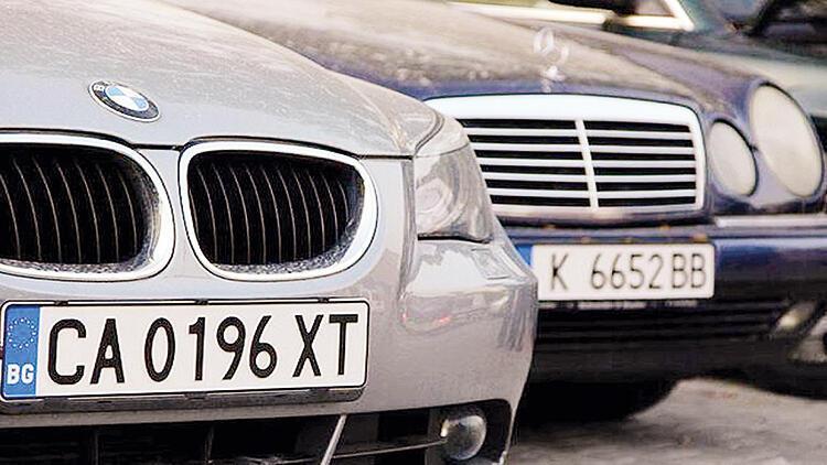 Yabancı plakalı araçların izin süresi uzatıldı