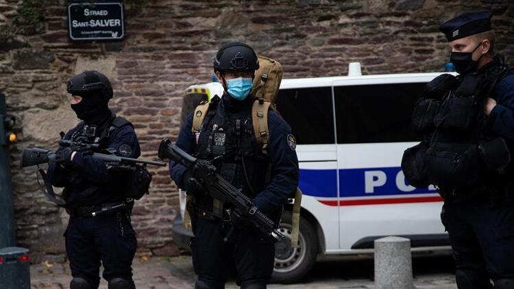Son dakika: Fransadaki bıçaklı saldırıyla ilgili flaş gelişme