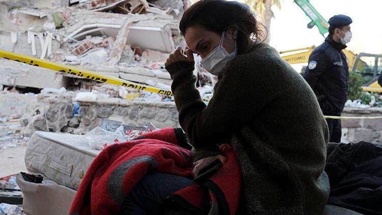 Son dakika haberler: AFADdan açıklama: Depremzedeler için gıda kolisi ve battaniyeye ihtiyaç var
