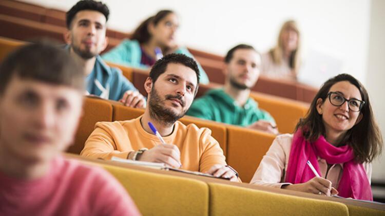 Birleşik Krallık'ta 2020-21 akademik yılında eğitiminize başlamak için geç değil