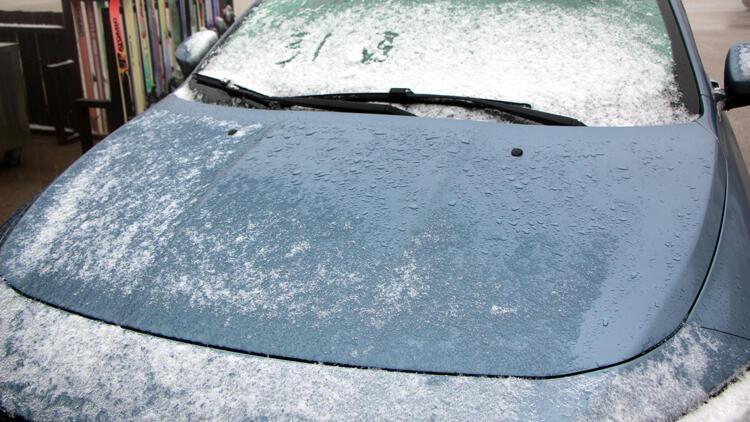 Boluya mevsimin ilk karı düştü